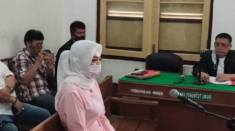 Cermarkan Nama Fitriani Manurung,  Febi Dituntut Dua Tahun Penjara