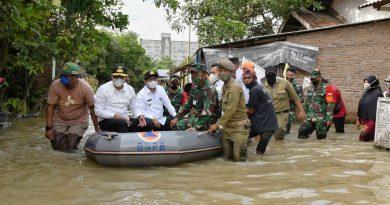 Gubsu Tinjau Warga Terdampak Banjir di Sergai